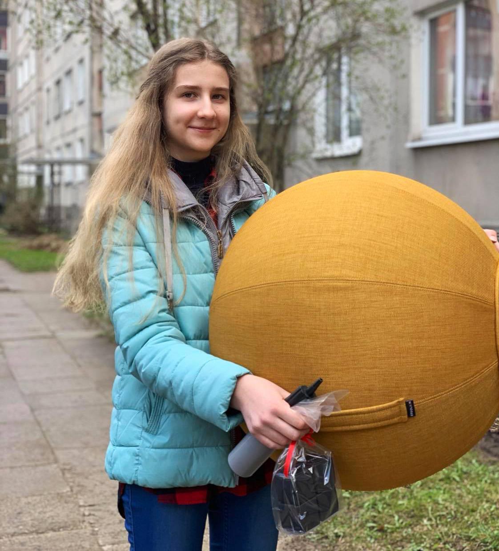 Ergolain-kamuolys-Globe_Be-patyčių